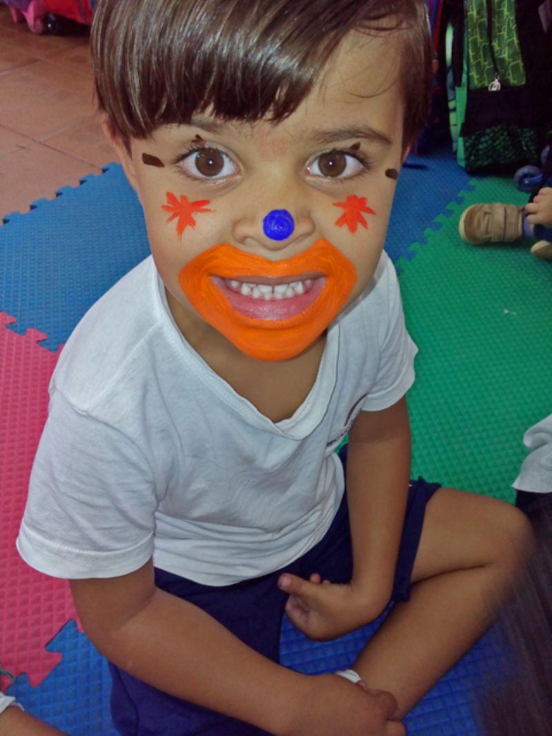 Dia do circo, dia de palhaçada!