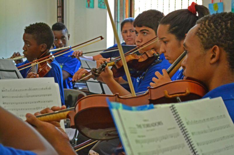 A��o Social pela M�sica do Brasil - �pera na Escola